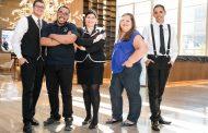 Cerimônia apresenta nova turma da Escola Carvalho Hosken de Hotelaria