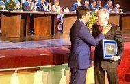 Chicô Gouvêa recebe título de Cidadão Petropolitano