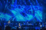 Escorados no passado, James Taylor e Elton John soam protocolares, mas emocionam