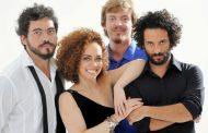 Laila Garin lança CD e prepara DVD com grupo A Roda