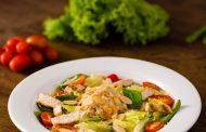 Madero Steak House apresenta novo cardápio de saladas com opções mais leves, saudáveis e inclusivas