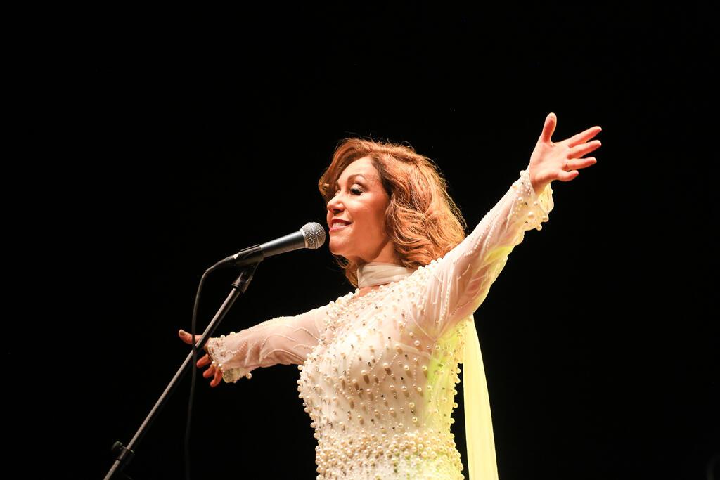 """Vânia Bastos leva seu """"Concerto para Pixinguinha"""" para a periferia de SP"""