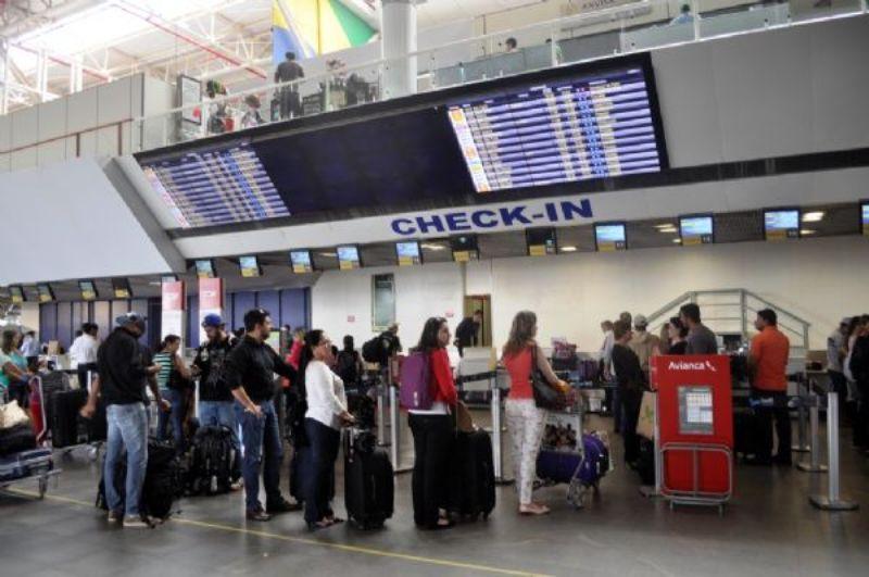 Brasileiros sob fiscalização cerrada no exterior