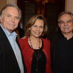 Leslie Bethel e Maria Eduarda Marques com Max Perlingeiro