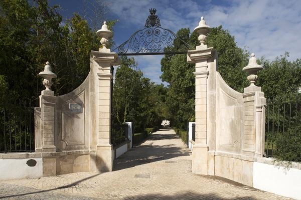 Entrada do hotel Quinta das Lágrimas