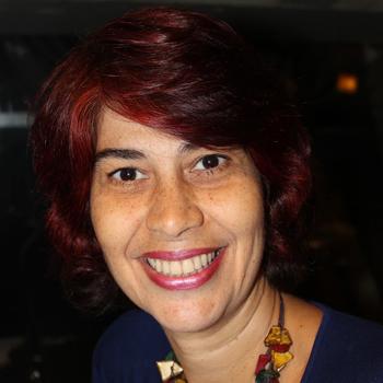Rogéria Gomes