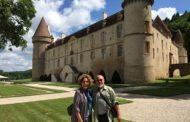 Sandra Duailibe e Antenor Bogéa cantam na França