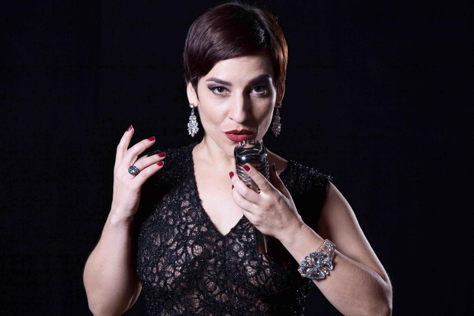 Simone Gutierrez estreia tributo a Liza Minelli e arquiteta CD e DVD