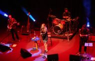"""Na pegada do rock, Alessandra Verney serve charmoso """"Café de Hotel"""""""