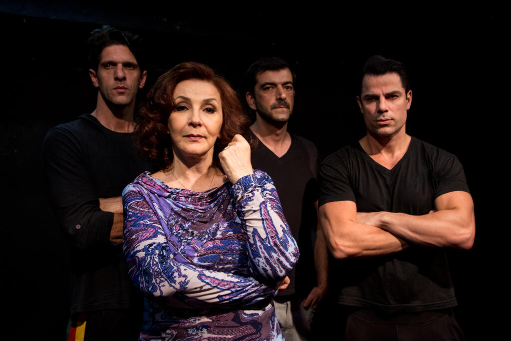 """Estreando hoje, """"Angel"""" promove encontros e aborda traição, corrupção e disputa de poder"""