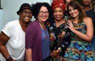 """""""L, O Musical"""", Elisa Lucinda e Ellen Oléria à frente de um elenco de dez mulheres"""