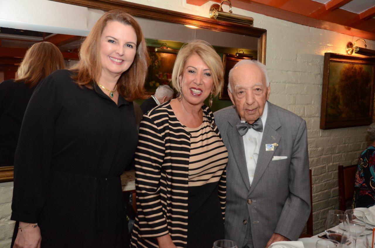 Jantar marca os 96 anos de Haroldo Bezerra