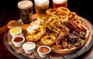 Shenanigan's Irish Pub comemora 16 anos com dose dupla e brindes