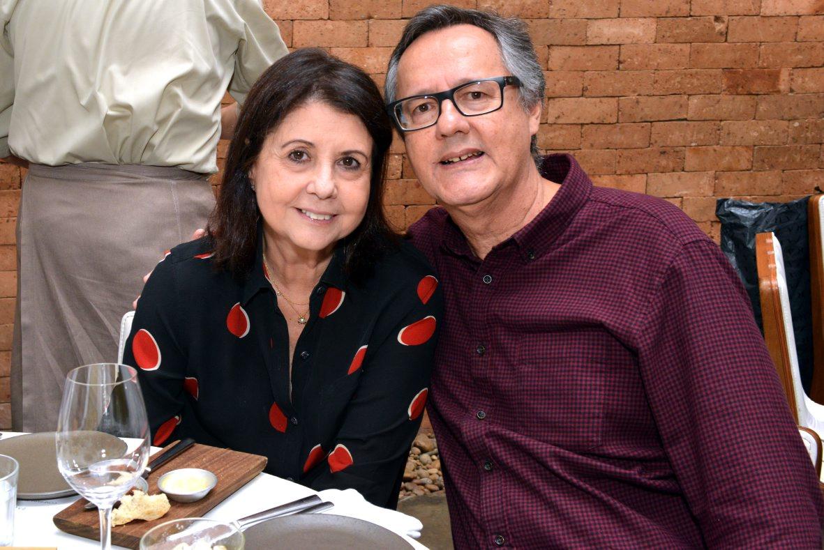 """Almoço da """"Confraria Amigos do Barão"""" agita Ipanema"""
