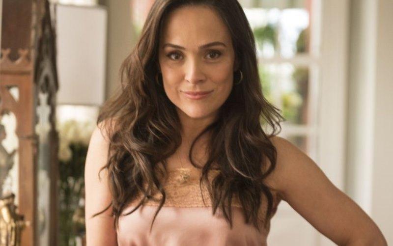 Gabriela Duarte volta de NY para fazer novela das seis