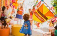 BarraShopping recebe pré-carnaval da loja Alphabeto e bloco infantil Gigantes da Lira