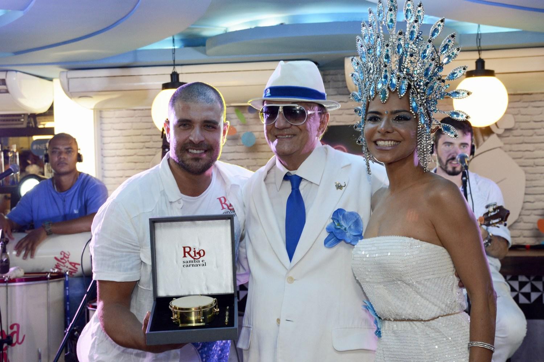Camarote Rio Samba e Carnaval entrega prêmio aos Bambas do Samba