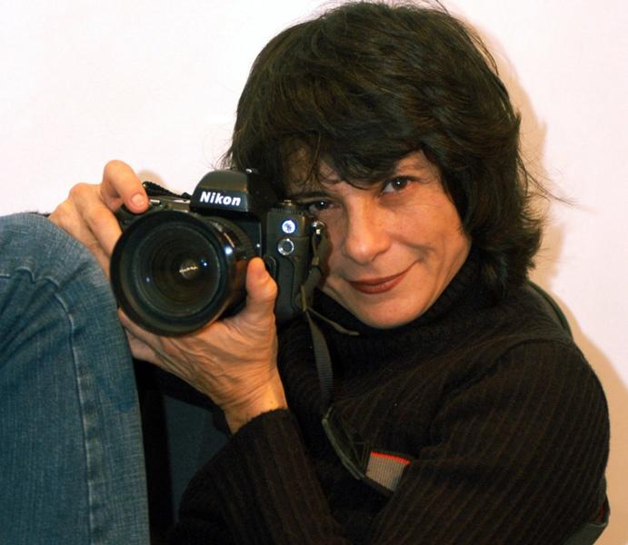 """Fotógrafa Cristina Granato faz exposição no projeto """"A Arte Delas"""""""