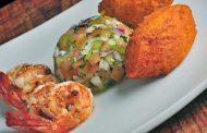 No aniversário de Salvador, restaurantes cariocas se inspiram nas cores e sabores da Bahia para homenagear a capital baiana