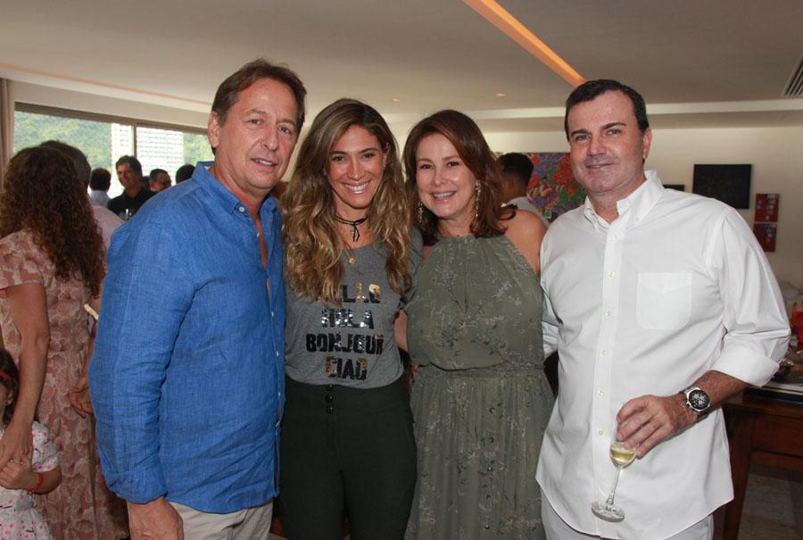 Cesar Ramos Filho reúne amigos em almoço de aniversário