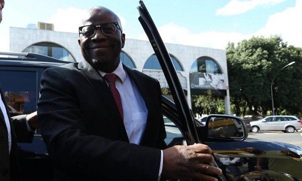 Joaquim Barbosa tem que dar um tapa no visoo se quiser mesmo sair candidato a Presidente