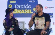Diogo Nogueira e Baby do Brasil participam da coletiva de lançamento do Torcida Brasil, evento de música na Copa do Mundo