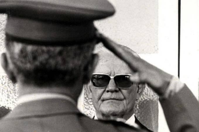 O ditador brasileiro Ernesto Geisel