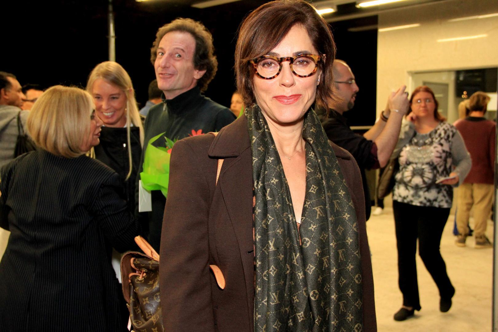 """Christiane Torloni assiste """"Orquestra"""" com a Studio3 Cia. de Dança"""