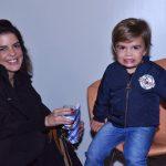 Mariana Gross e filho Antonio