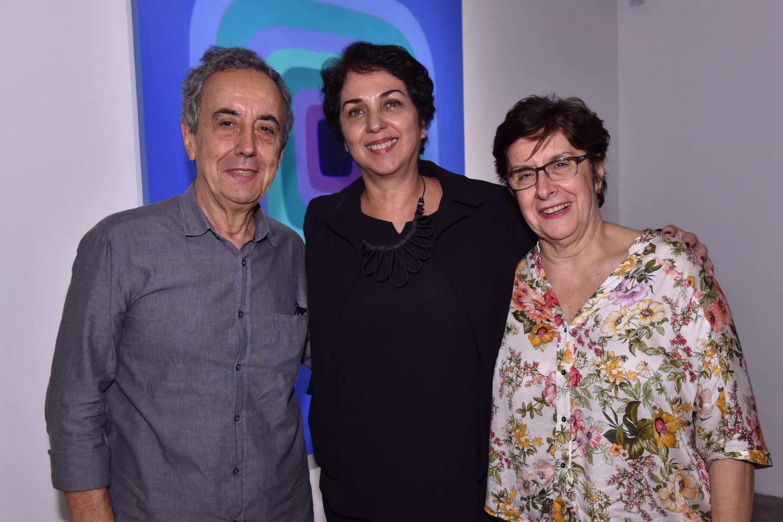 Cassia Bomeny Galeria recebe exposição da artista plástica Suzana Queiroga