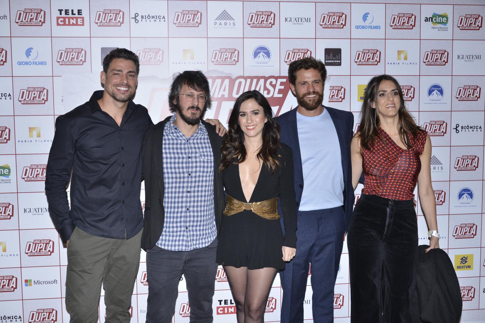 """Famosos prestigiam pré-estreia do filme """"Uma Quase Dupla"""""""