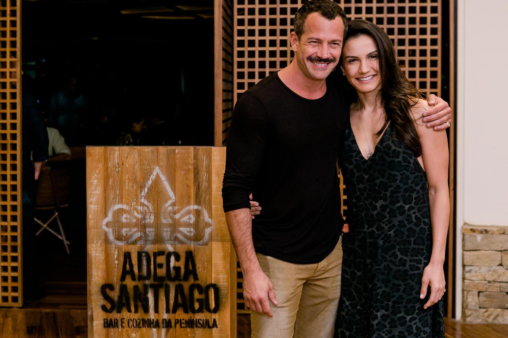 Adega Santiago abre no Village Mall