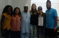 Ivanir dos Santos  faz palestra  para alunos americanos