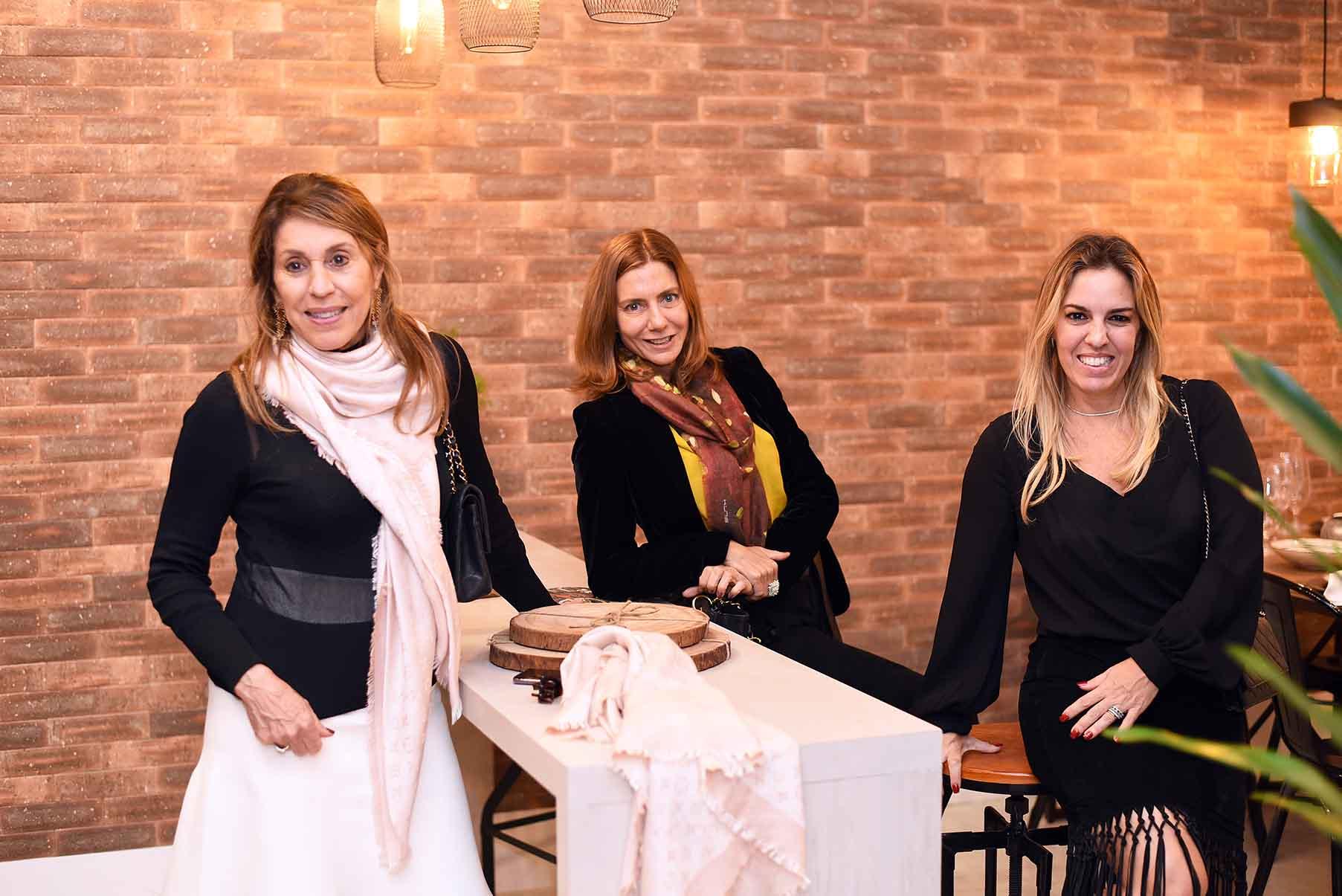 """Ligia Schuback e Sabrina Schuback inauguraram a 15ª edição da mostra """"Morar Mais por Menos"""