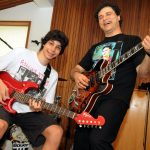Rafael e seu pai Roberto Frejat