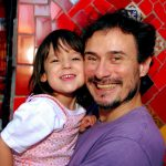 Helena e seu pai Enrique Diaz