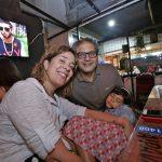Mariana Lobo com a filha Manuela e Bernardo Monteiro