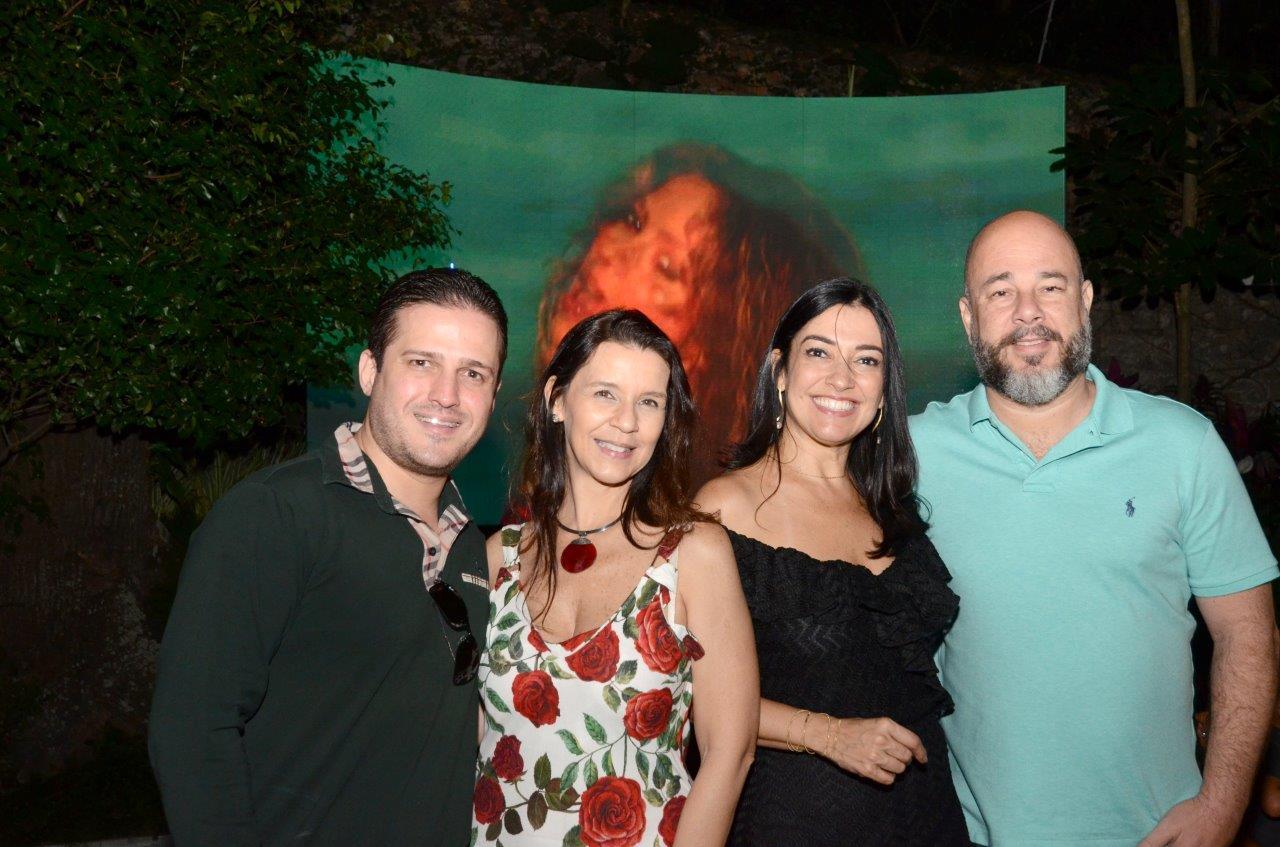 Cristina Côrtes, Virna Carvalho e  Sandro Ward festejam sucesso no CasaCor 2018