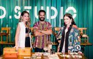 """Paloma Danemberg, Betina de Luca e Leo Neves promovem lançamento da coleção de acessórios """"Aposta"""""""