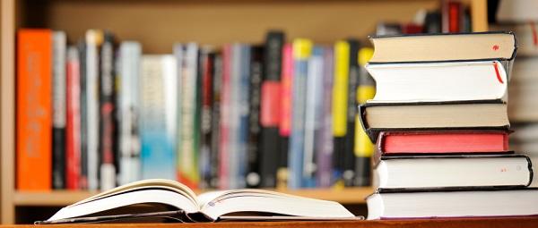 Vivo cercada de livros desde que me entendo por gente
