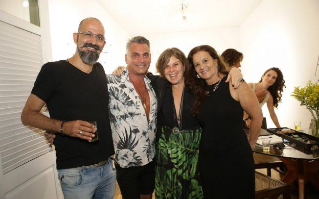 253f7906c96be Atelier Mourão inaugura exposição de joalheria contemporânea na Casa de  Pedra