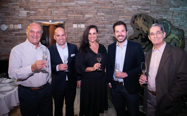 39069bf5d0ceb Consulado da Áustria no RJ realiza jantar harmonizado para promover vinhos  austríacos
