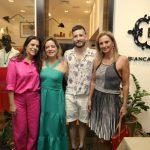Teresa Gibbon, Bianca Gibbon, Felipe Dornelles e Paula Bergamin