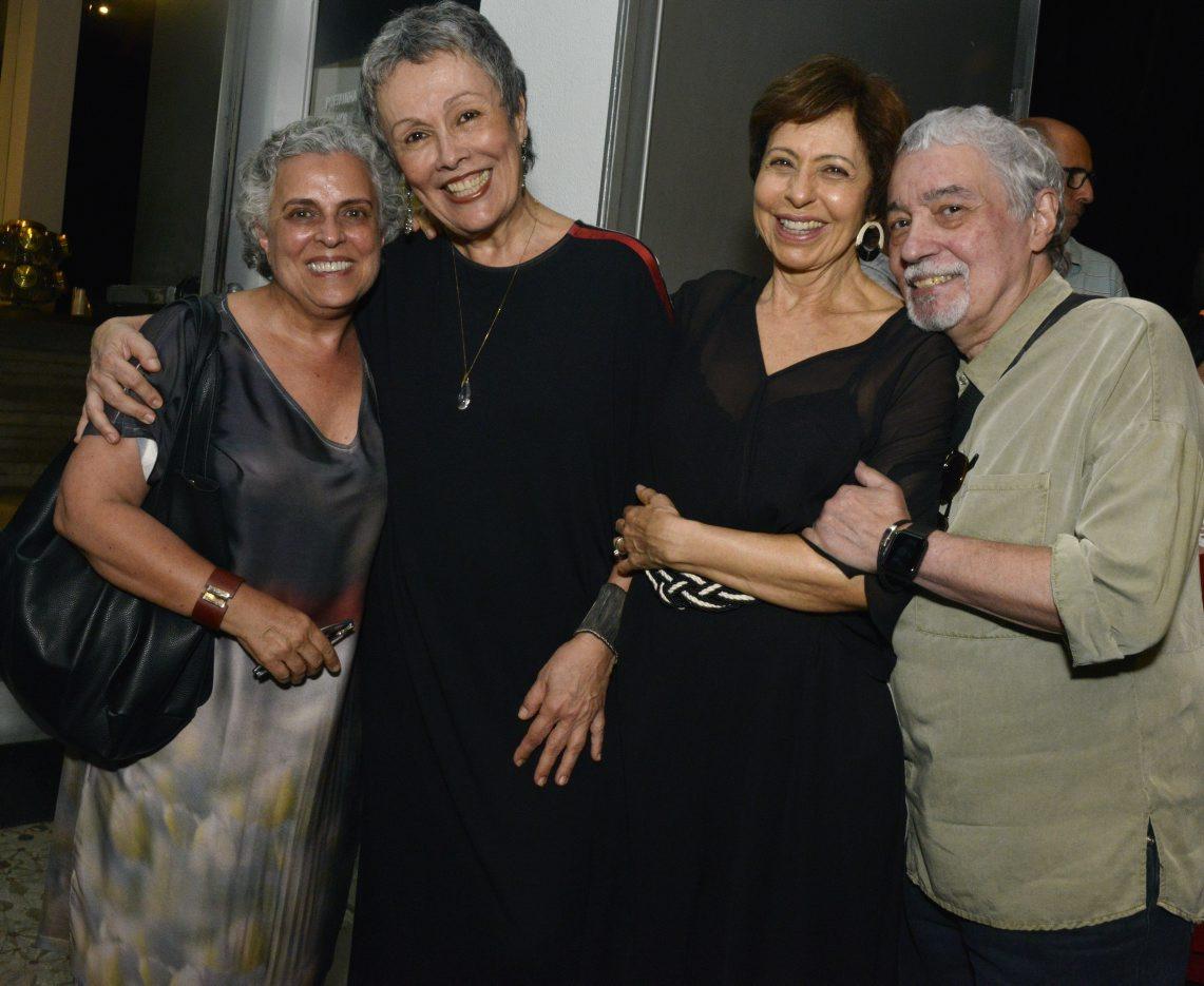 """Stela Freitas estreia """"As Crianças"""""""