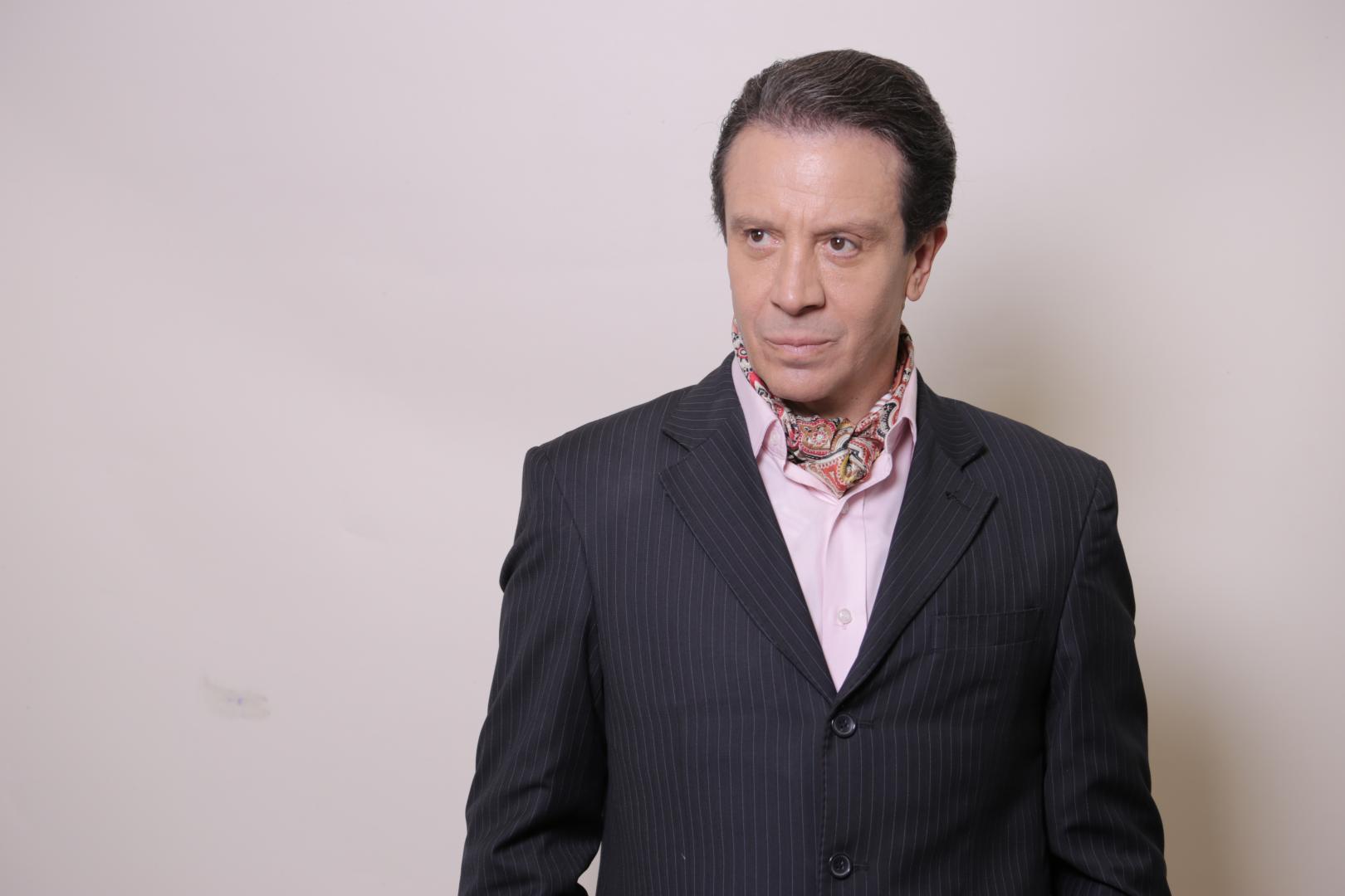 Concorrendo ao Prêmio do Humor, Eduardo Martini revisa carreira antes de estrear drama
