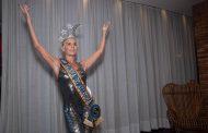 Deborah Secco é coroada Rainha do Camarote Allegria