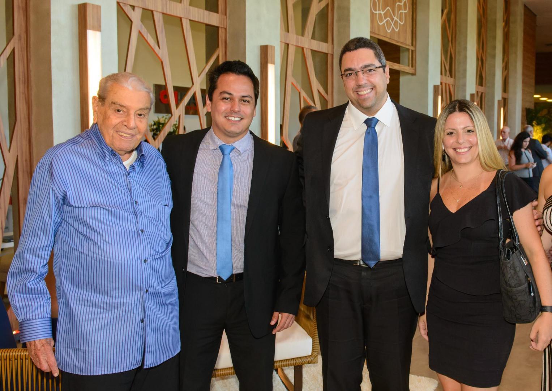 Coquetel marca retomada das vendas no Ilha Pura