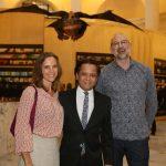 Jennifer Mclaughlin, Danon Lacerda e Peter Bowles curador da expo