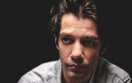 Patrick Sampaio assume o desafio de interpretar dois personagens na novela Espelho da Vida