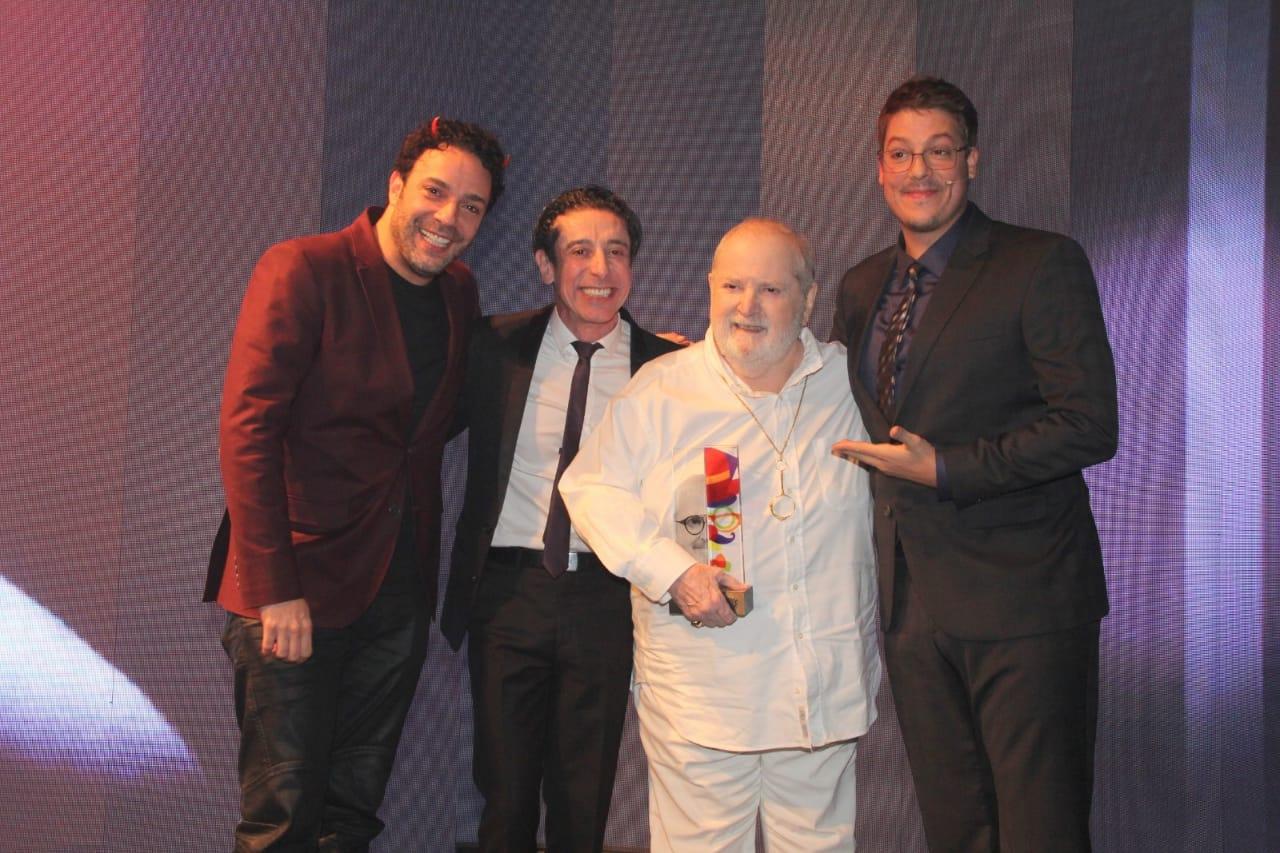 Jô Soares é homenageado no Prêmio do Humor